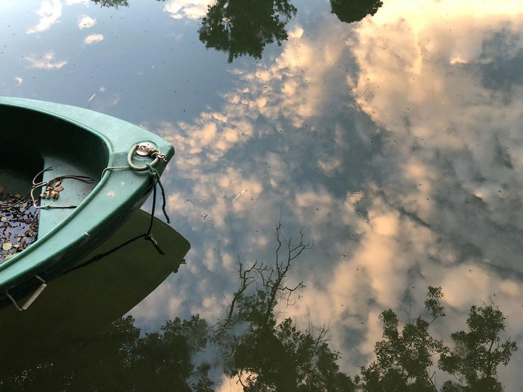 Barque-sur-eau